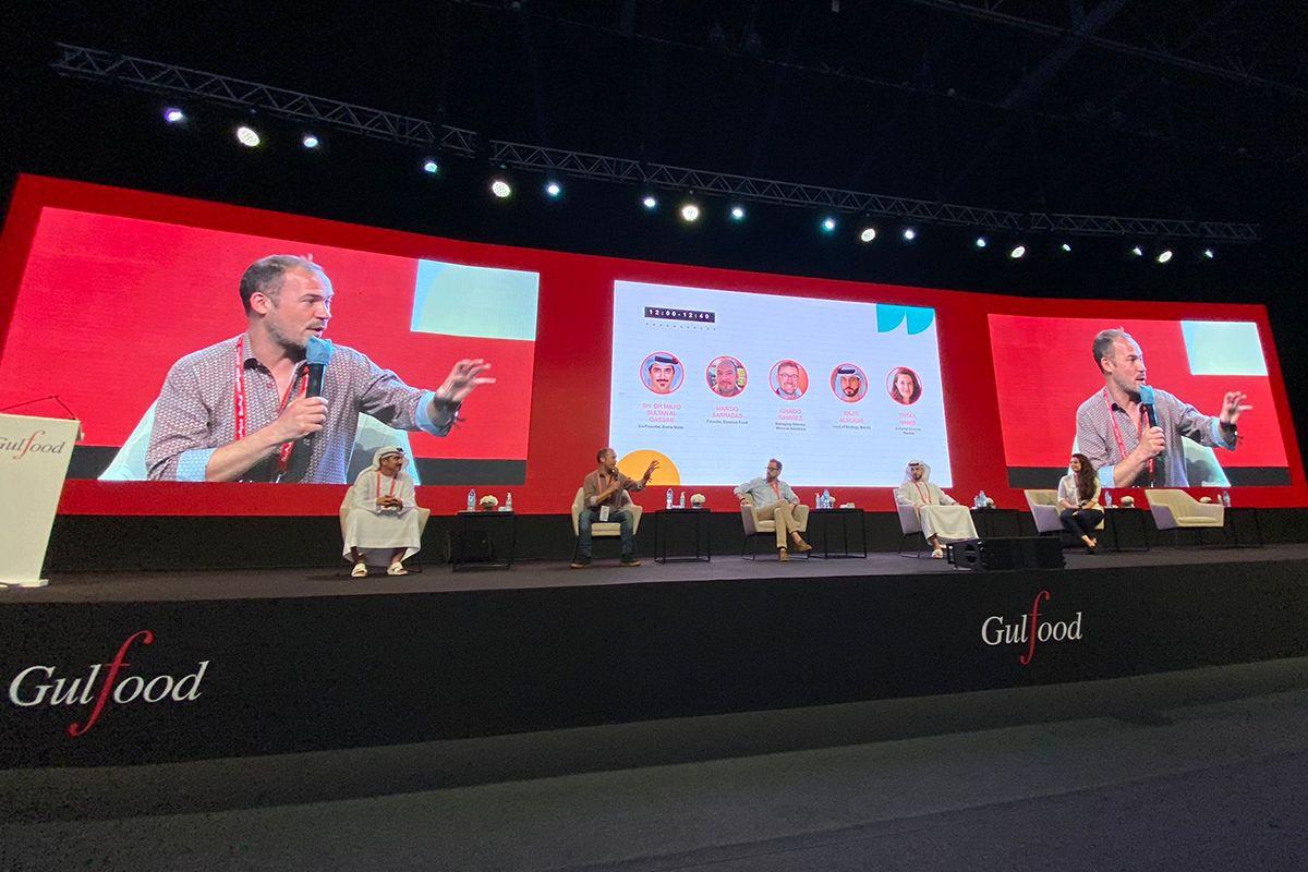 """Marcio Barradas, CEO de Essence Food en el foro de discusión """"From trash to cash"""""""